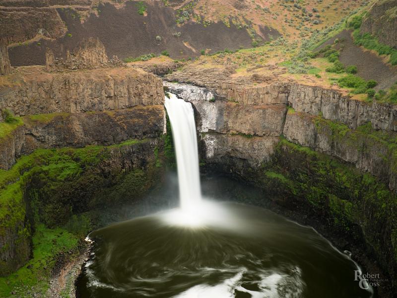 Falling Water in Eastern Washington