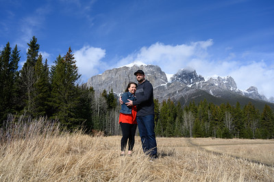 Quarry Lake Canmore - Jasmine & Family