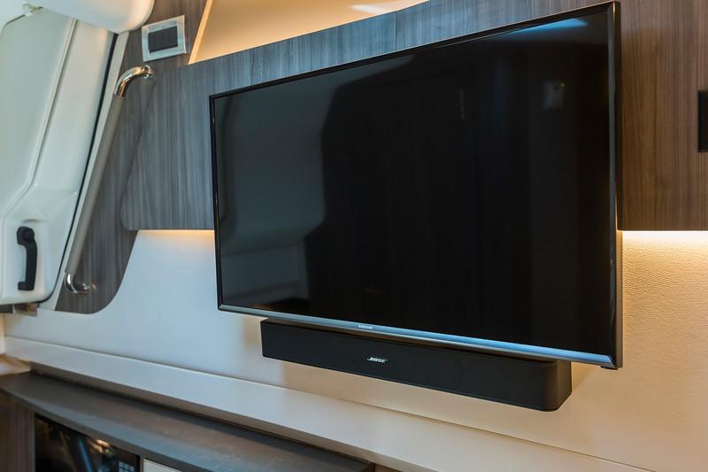2018-SLX-400-TV.jpg