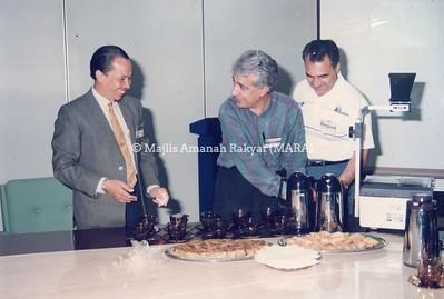1992 - LAWATAN ABRAKAH KE MARA