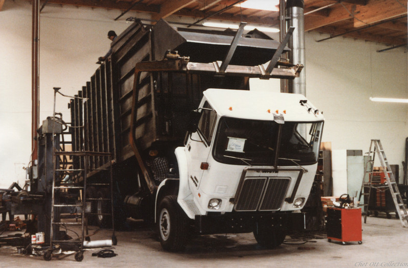 1981 White WX Partial Pack Front Loader