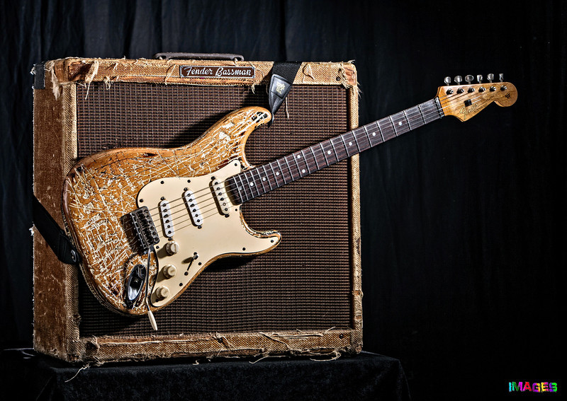Monti Amundson (Big Monti) - 1959 Fender 410 Bassman and 1965 Fender Stratocaster
