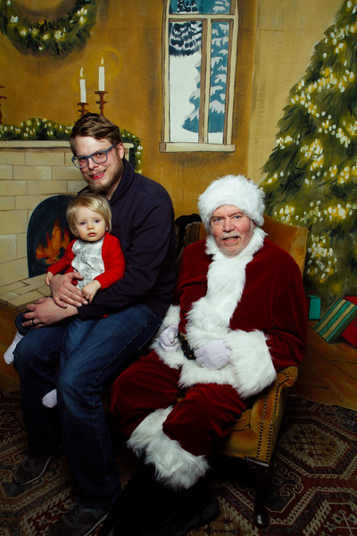 Pictures with Santa Earthbound 12.2.2017-065.jpg