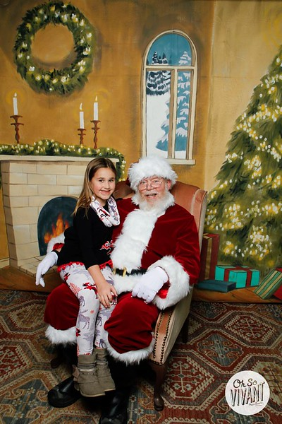Pictures with Santa @Earthbound 12.1.2018-130.jpg