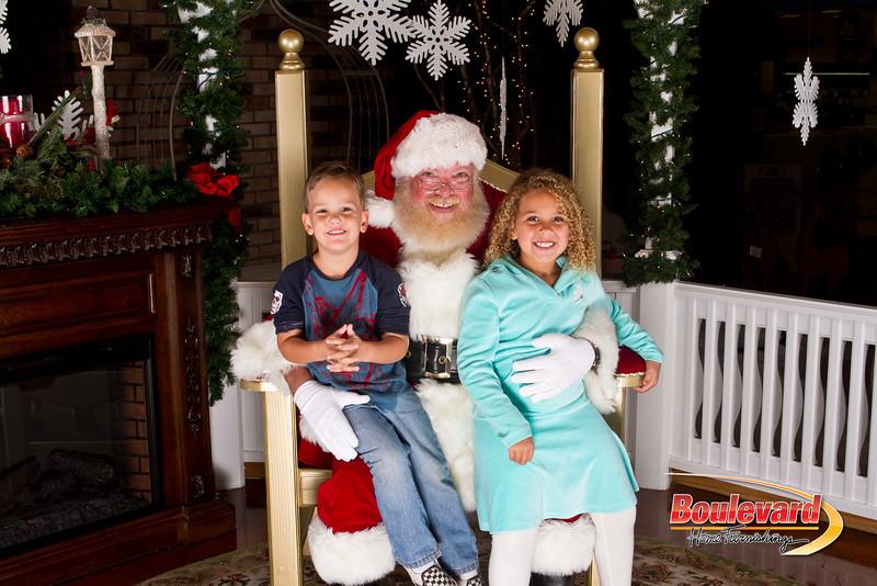 Santa Dec 15-178.jpg