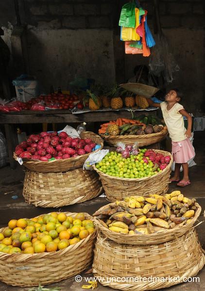 Weighing the Fruit - Granada, Nicaragua