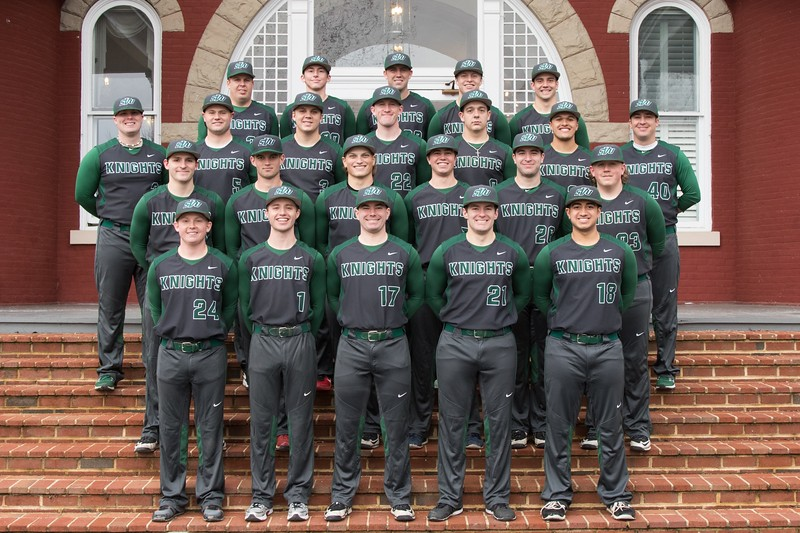 Baseball Team Photo: 2016-2017
