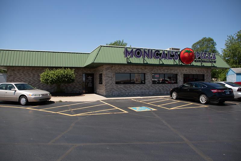 Monical's Pizza