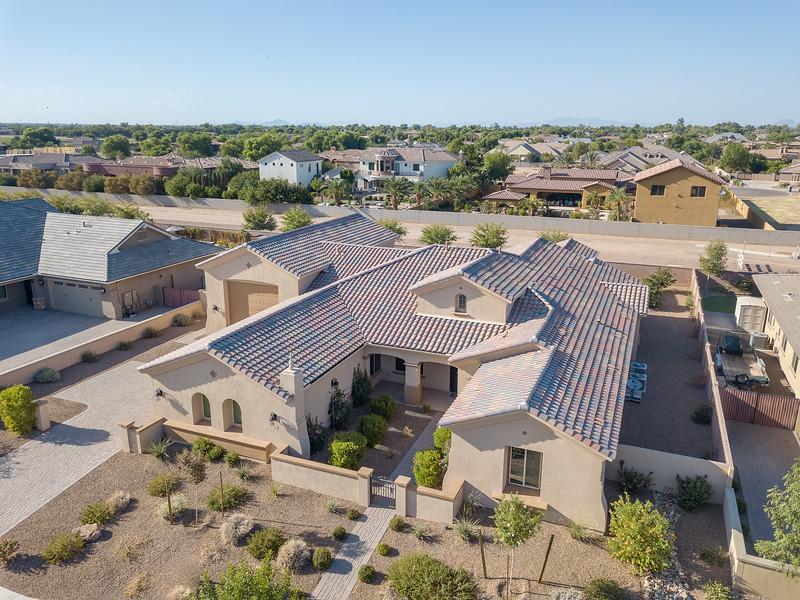 2166 East Aris Drive, Gilbert, AZ (4 of 6).jpg