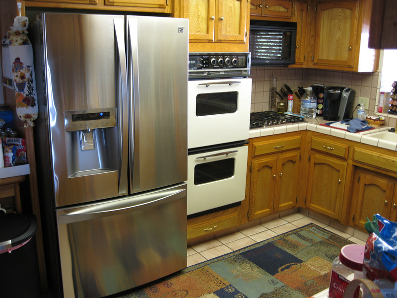 New Kenmore Refer (LG). Old Oven! and new cooktop.