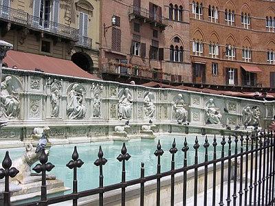 Fonte Gaia, Piazza del Campo, Siena / Gina's Photos