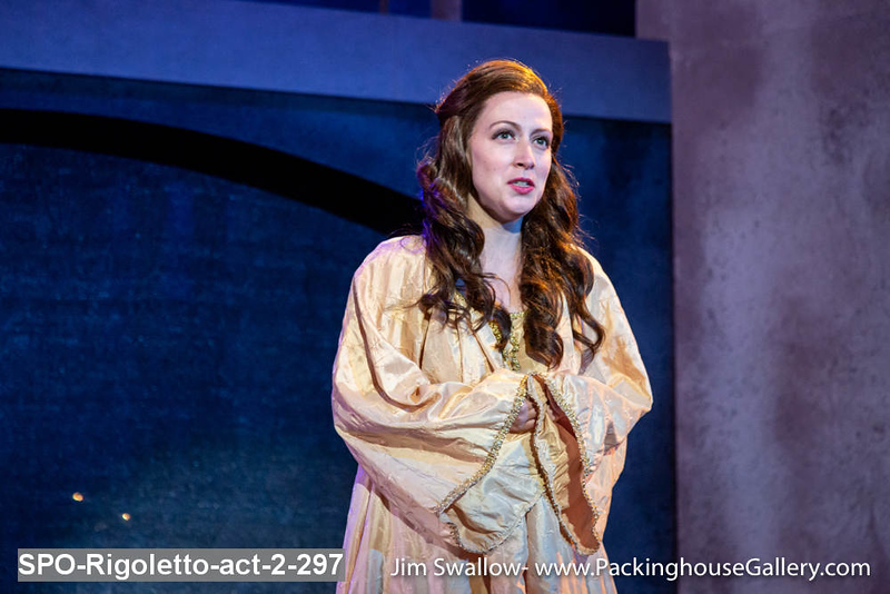 SPO-Rigoletto-act-2-297.jpg