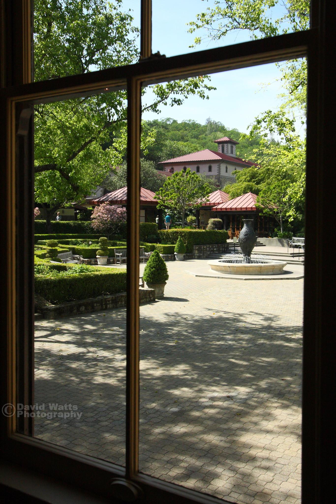 Beringer Vineyard Courtyard