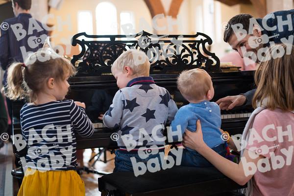 ©Bach to Baby 2018_Stuart Castle_Dartford_2018-02-07-39.jpg