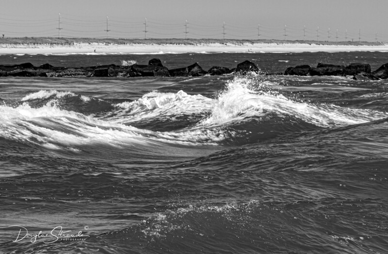 Rough Waves and Fast Current