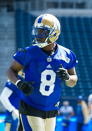 DAVID LIPNOWSKI / WINNIPEG FREE PRESS  Winnipeg Blue Bombers #8 Chris Randle during practice at Investors Group Field Tuesday June 21, 2016.