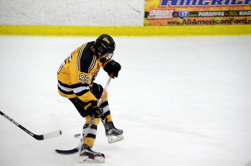 171008 Junior Bruins Hockey-051.JPG