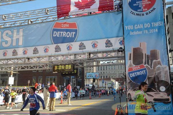 Marathon Finish, Gallery 4 - 2014 Detroit Marathon