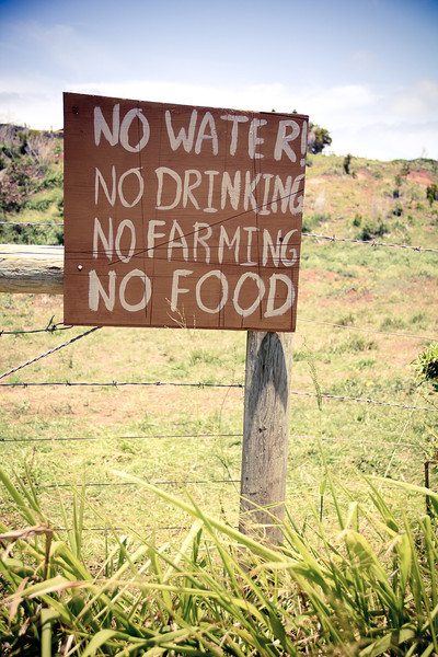 protest no water no drinking.jpg