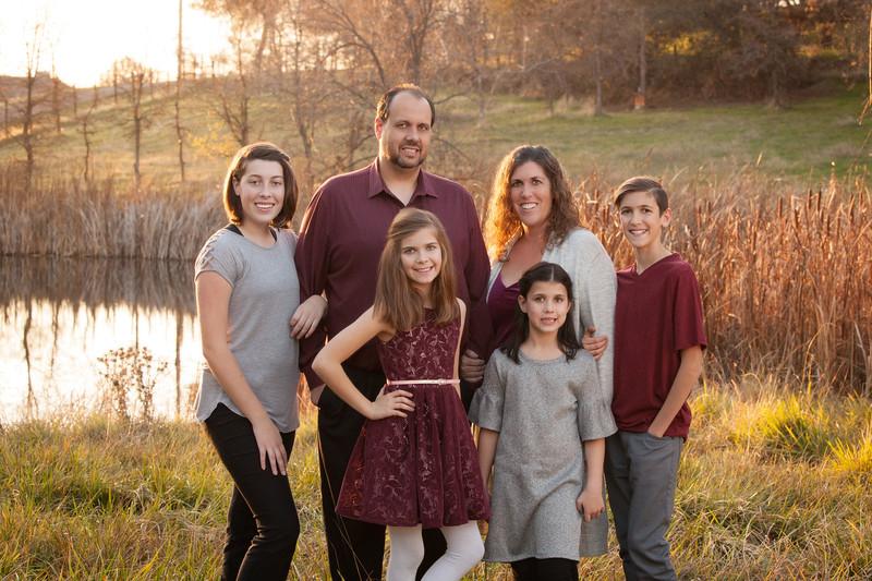 058Vickers_Family_18_0104_v1.jpg