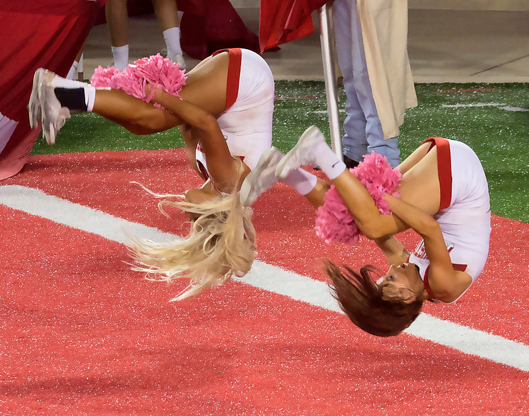 ... and more cheerleader athleticism ...