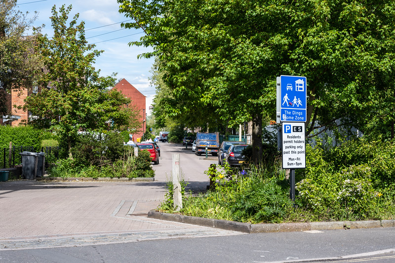 """The Dings """"home zone"""", a residential neighbourhood of houses and apartment buildings with low traffic volumes, traffic calming and shared surface streets in Bristol."""