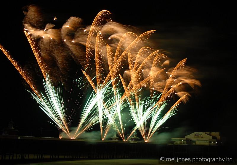 Blackpool fireworks 01-10-2011-2410637324-O.jpg