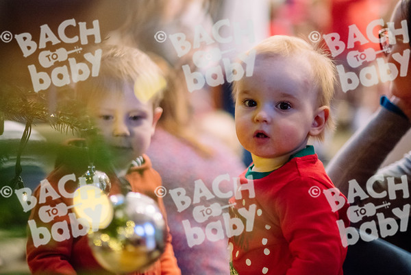 © Bach to Baby 2017_Alejandro Tamagno_Wimbledon_2017-12-19 009.jpg