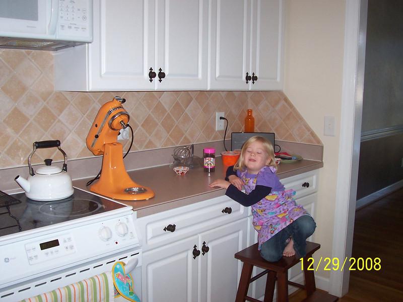 Ashley ready to make Cupcakes