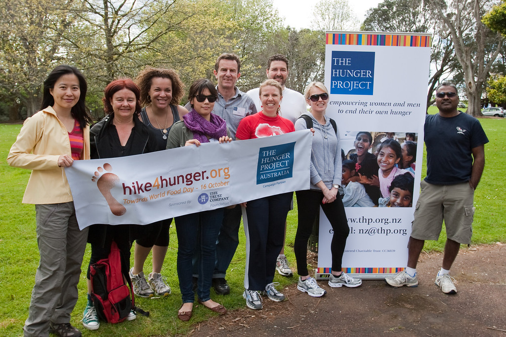 THP Hike_134-1 The Hunger Project Hike4Hunger<br /> Kimberley Wu, Karen Johns, Ada Echetebu, ? Allan Wylie, Charlotte Reynolds, Zach Norris, Claire Neighbour, Dayan Eager