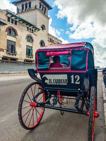 havana transportation carriages.jpg