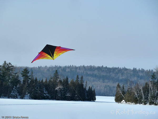 Levitation Light Delta Kite at Big Cedar Lake - photo by Bruce Amos.