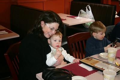 2007_04_07 - Nanas Birthday Party (From Ray)