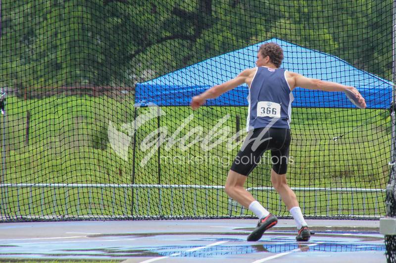 NAIA_Friday_MensDecathDiscus_LM_GMS_20180525_0848.jpg