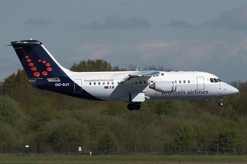 SkyMover_MAN09052010_BrusselsAirlines_OO-DJT.jpg