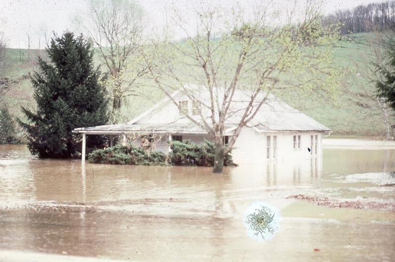 1977-''FLOODING 4''.jpg