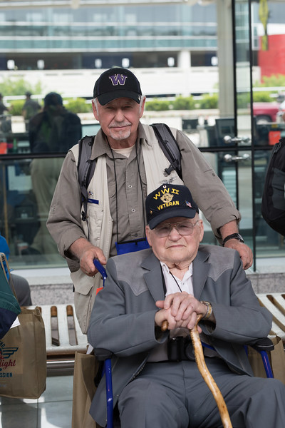 Mahler Photography Honor Flight May 2017-0149.jpg
