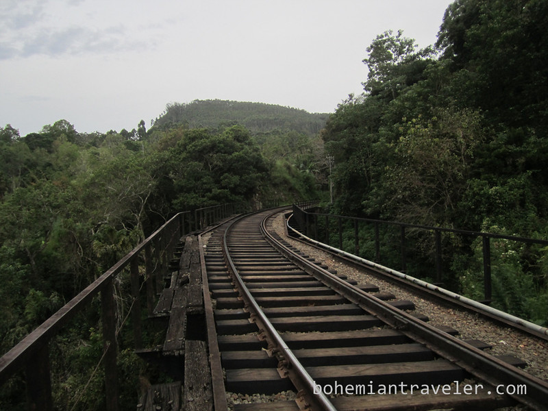 rail tracks near Ella.jpg