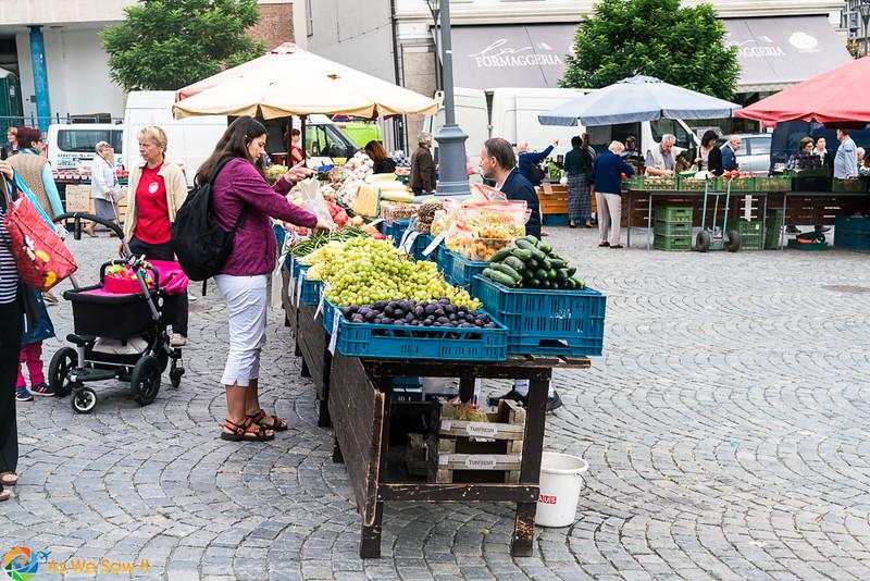 Cabbage-Market-04316.jpg