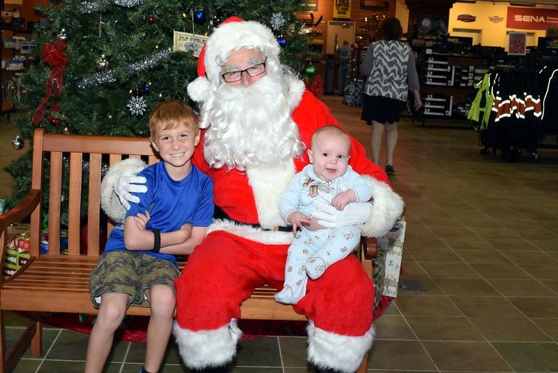 2016 Santa Visits J&P Cycles (75).JPG