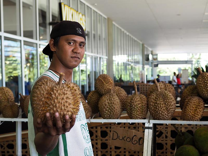 SM-Lanang-Durian-guy.jpg