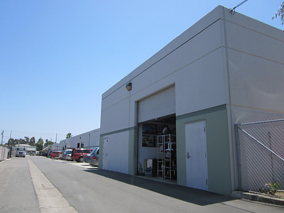 LEASED -- 2013 Placentia Costa Mesa | 2,000 square foot stand alone building w/ SIGNAGE!