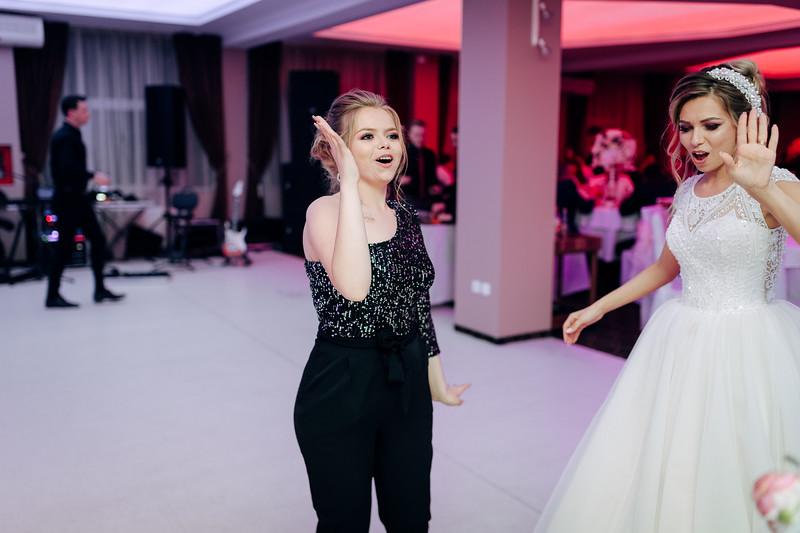 Roxana & Vlad-2059.jpg