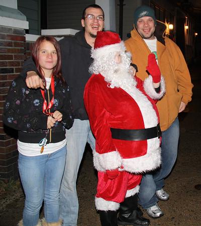 Mini Santa, Patterson St, Lansford (12-15-2011)