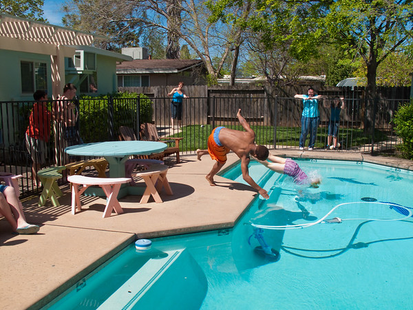 2009 Easter BBQ and Polar Dip