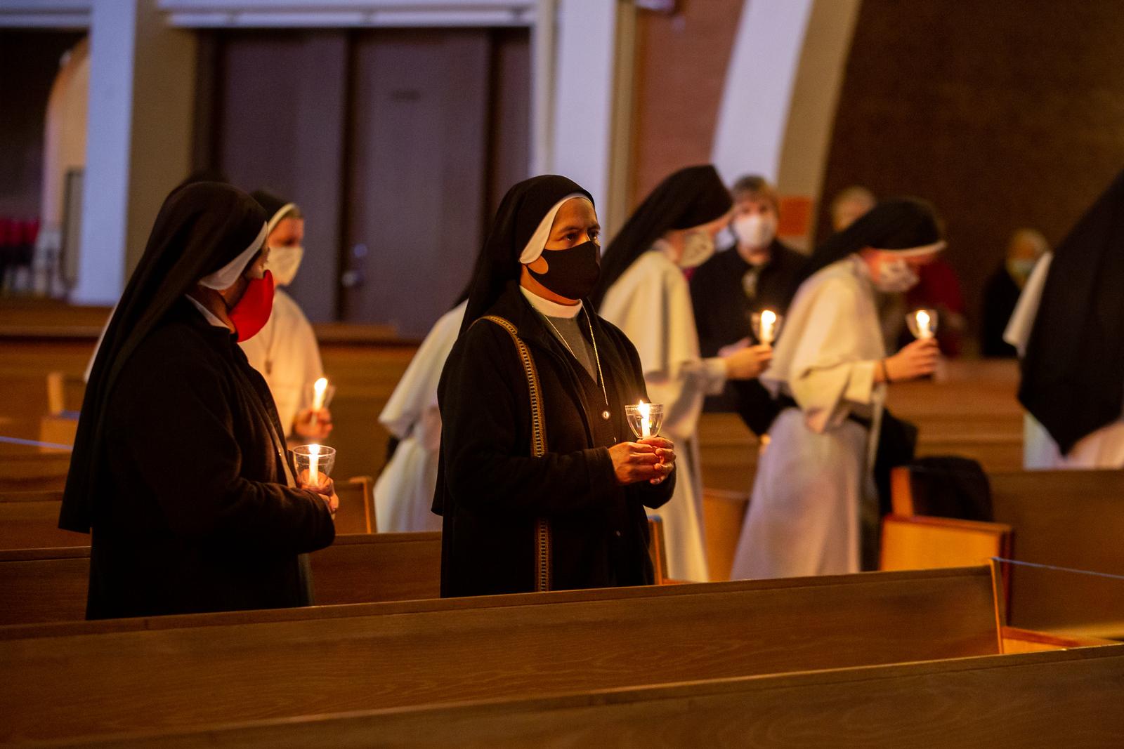 Consecrated_Life_Mass_130.jpg
