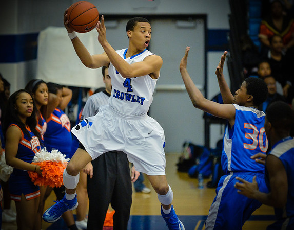 Basketball Varsity Boys vs  Bowie 01-28-14-10