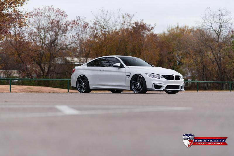 2016 BMW M4 Vossen VFS-5-20.jpg