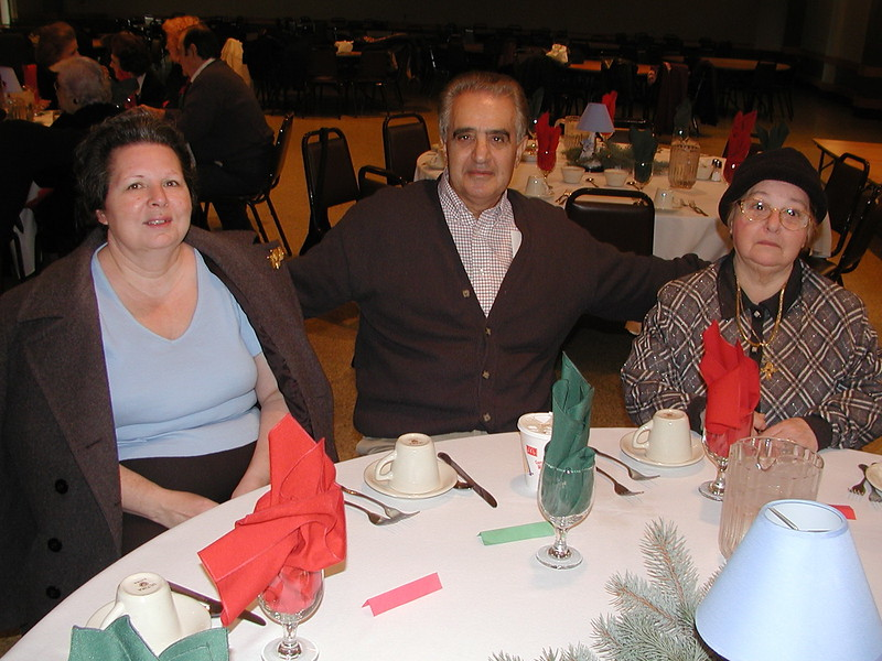 2002-12-12-Philoptochos-Senior-Citizens-Luncheon_012.jpg