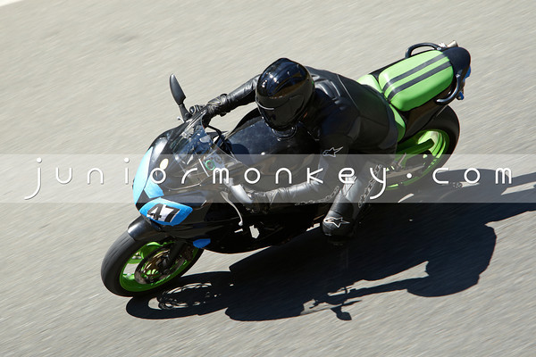#47 - Black Green Kawi